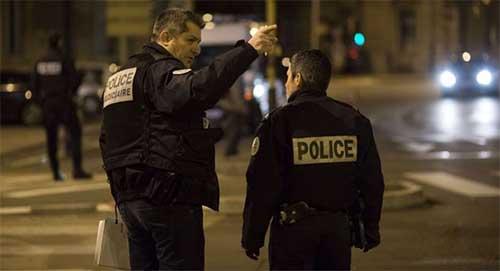 """Kẻ hô """"Thánh Allah vĩ đại"""" đâm xe trọng thương người đi bộ tại Pháp - Ảnh 1"""