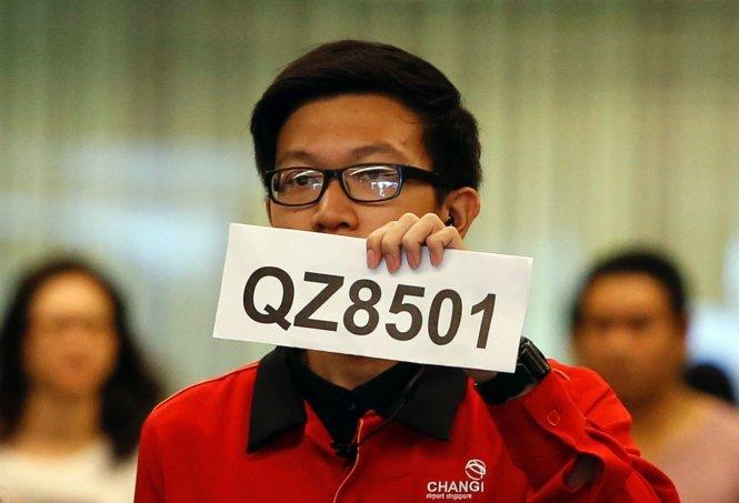 Máy bay AirAsia mất tích: Tin nhắn bí ẩn báo hành khách vẫn an toàn - Ảnh 1