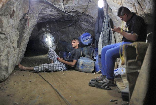 Khám phá bên trong đường hầm bí mật của Hamas ở Gaza - Ảnh 4