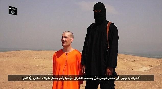 Phiến quân Hồi giáo Iraq hành quyết một phóng viên Mỹ - Ảnh 1