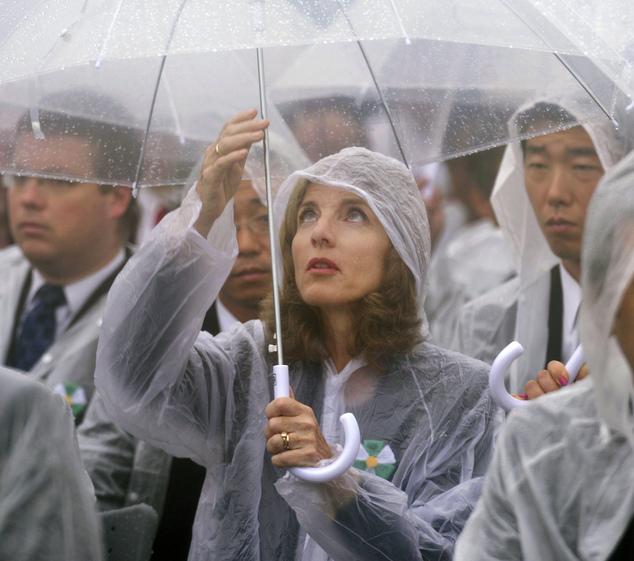 Kỷ niệm 69 năm ngày Mỹ ném bom nguyên tử xuống Hiroshima - Ảnh 2