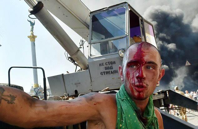 Chùm ảnh: Bạo lực bùng phát trở lại ở thủ đô Kiev - Ảnh 3