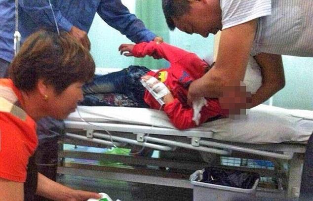 Trung Quốc: Thầy giáo đánh học sinh đến chấn thương sọ não   - Ảnh 3