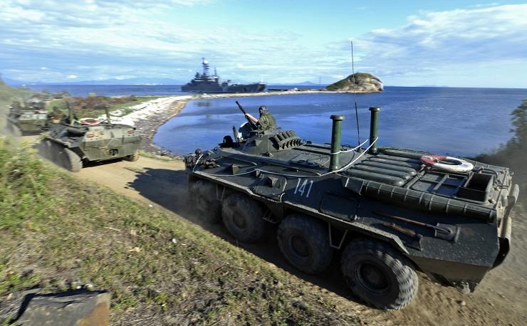 Nga phô diễn khí tài quân sự trong cuộc tập trận Vostok 2014   - Ảnh 5