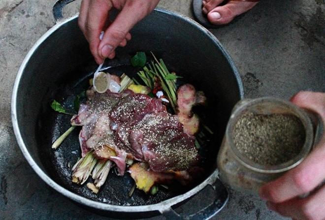 Cảnh sát Đức điều tra một người Việt ăn thịt mèo nhà hàng xóm - Ảnh 1