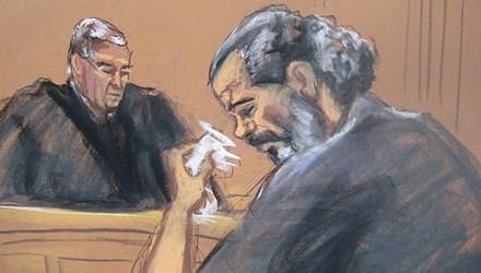 Mỹ xét xử cha của phiến quân IS chặt đầu con tin phương Tây - Ảnh 1