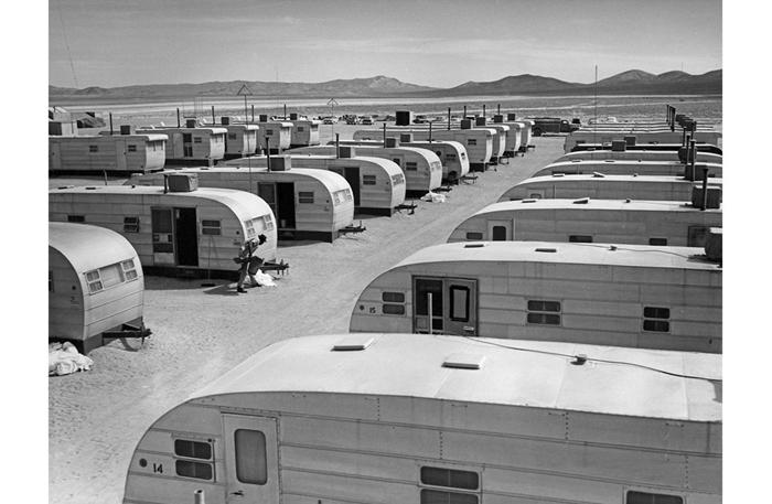 Bí ẩn Khu vực 51 tuyệt mật trên sa mạc của Không quân Mỹ - Ảnh 5
