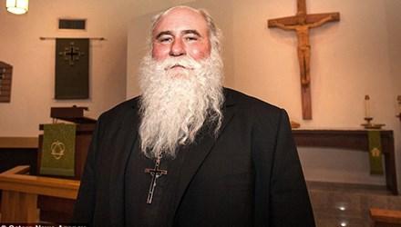 Linh mục khỏe nhất thế giới phá vỡ 19 kỷ lục Guinness   - Ảnh 1
