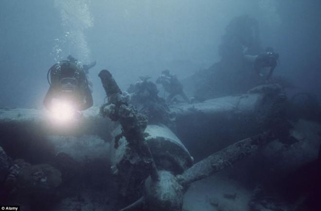 Nghĩa địa tàu chiến đầy ám ảnh trong lòng Thái Bình Dương - Ảnh 6