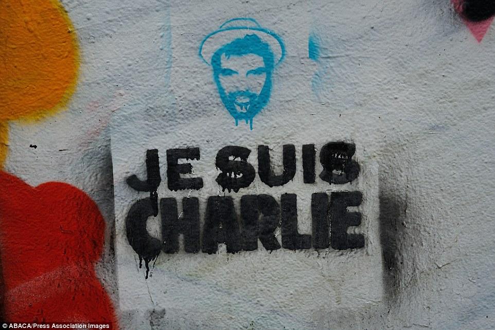 Khắp Paris tràn ngập tranh vẽ tưởng nhớ nạn nhân vụ Charlie Hebdo - Ảnh 15