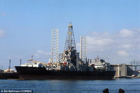 Giải mật vụ CIA định đánh cắp tàu ngầm Liên Xô - Ảnh 2