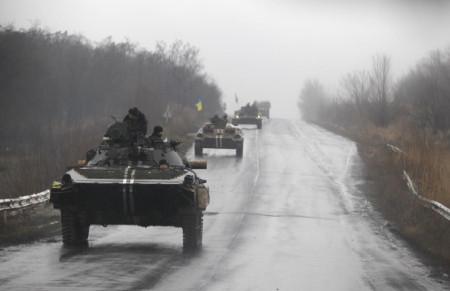 Quân ly khai tấn công Debaltsevo, 5 binh sĩ Ukraine thiệt mạng - Ảnh 1