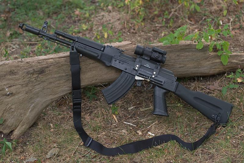 Nga đưa AK-12, AK-103 vào quân đội, phương Tây hoài nghi? - Ảnh 2