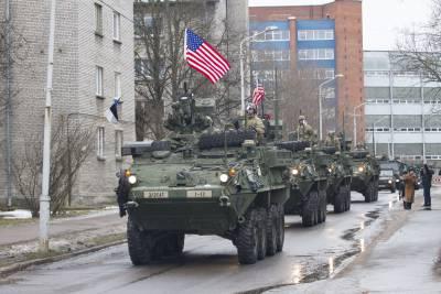 Vũ khí NATO xuất hiện hàng loạt gần biên giới Nga - Ảnh 1
