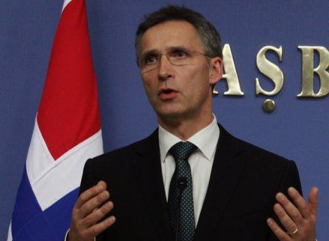 NATO yêu cầu Nga rút vũ khí khỏi miền đông Ukraine - Ảnh 1