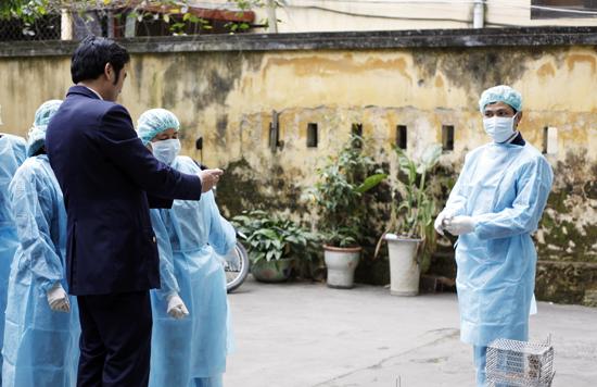 Lắp hai hệ thống theo dõi dịch bệnh Ebola ở biên giới - Ảnh 1