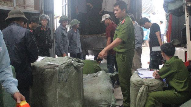 """""""Ông trùm"""" cầm đầu đường dây buôn lậu lớn ở Quảng Ninh đầu thú - Ảnh 1"""