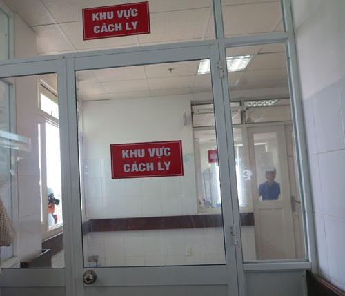 Đà Nẵng: 99% bệnh nhân âm tính với vi rút Ebola - Ảnh 1