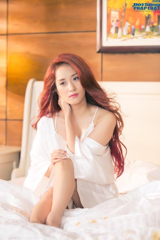 """Khánh Thi ra mắt MV mới """"Ngày anh đến bên em"""" - Ảnh 5"""
