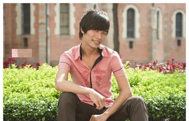 """Kenny Sang và những hình ảnh """"quê mùa một cục"""" - Ảnh 1"""