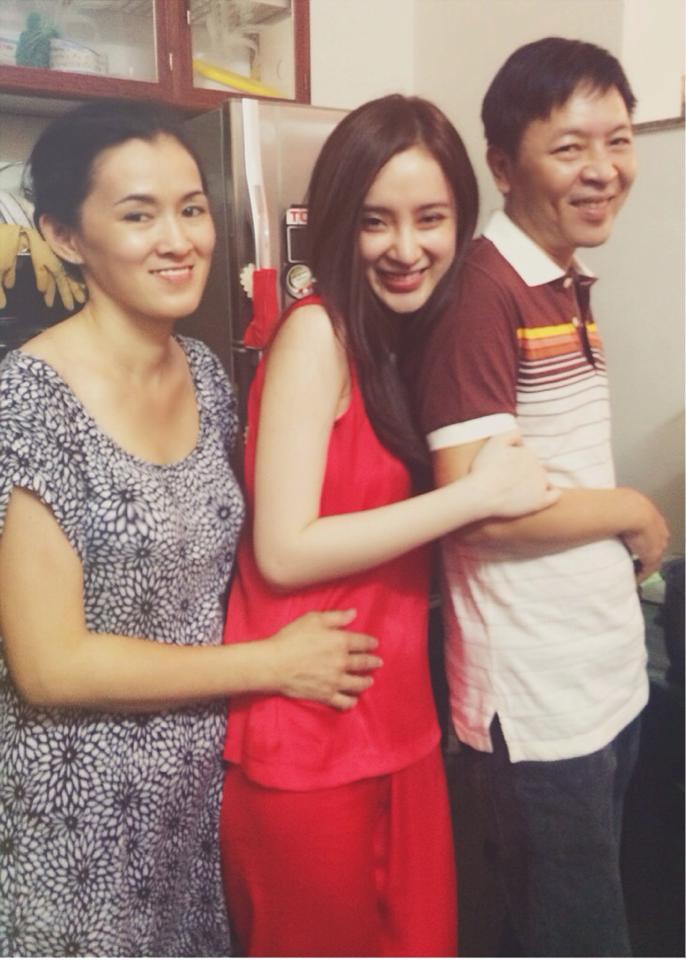 Angela Phương Trinh tự hào về gánh xôi của mẹ - Ảnh 10