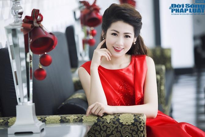 """Á hậu Dương Tú Anh """"chạy show"""" Hà Nội - Sài Gòn trong 1 ngày - Ảnh 4"""