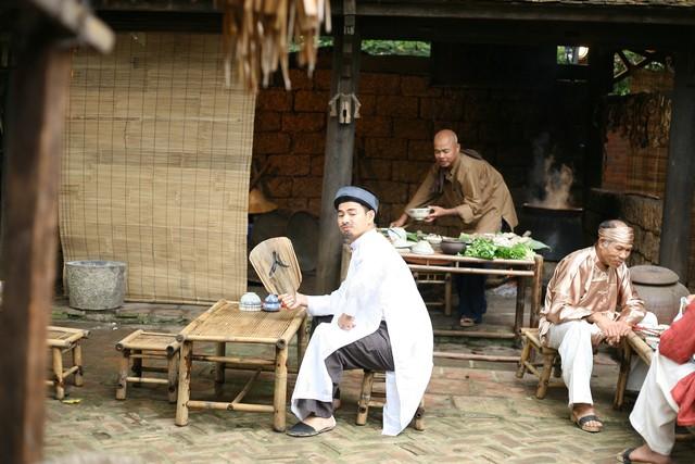 Hậu trường hài hước của Xuân Bắc, Tự Long trong phim hài Tết 2015 - Ảnh 8