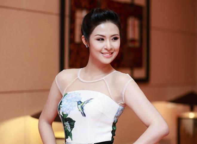 Hoa hậu Việt làm gì sau khi đăng quang - Ảnh 14