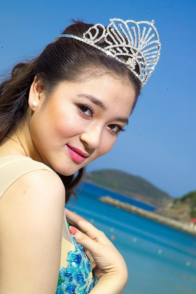 Hoa hậu Việt làm gì sau khi đăng quang - Ảnh 9