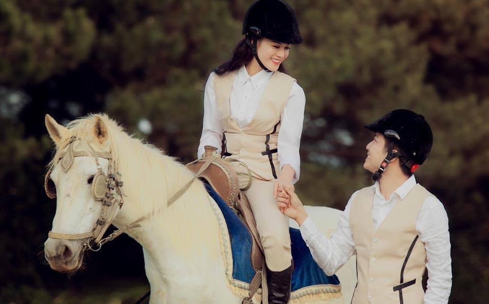 Nhật Kim Anh tung ảnh cưới độc đáo, lãng mạn - Ảnh 2