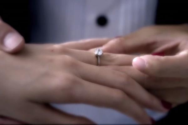 """Thủy Tiên – Công Vinh tung MV """"Happy Wedding"""" trước đám cưới - Ảnh 3"""