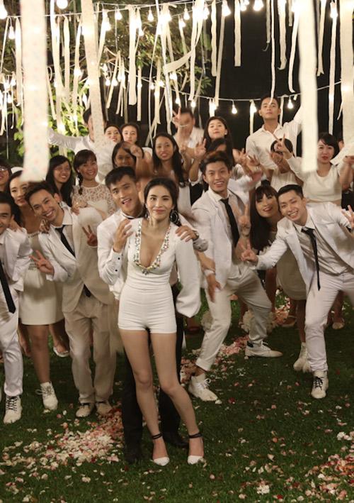 """Thủy Tiên – Công Vinh tung MV """"Happy Wedding"""" trước đám cưới - Ảnh 7"""
