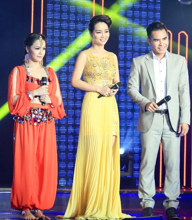 Sau đám cưới, Nhật Kim Anh tất bật chạy show - Ảnh 3