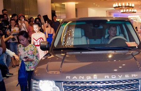 Dàn Sao Việt sở hữu xe Ranger Rover đắt tiền - Ảnh 3
