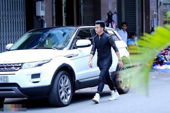 Dàn Sao Việt sở hữu xe Ranger Rover đắt tiền - Ảnh 6