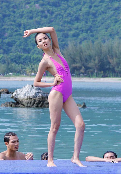 Sao nữ Việt sở hữu bộ ngực phẳng lỳ như đàn ông - Ảnh 14
