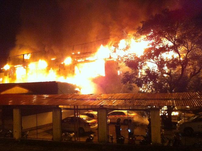Lời kể của nhân chứng trong vụ cháy bar Luxury - Ảnh 1