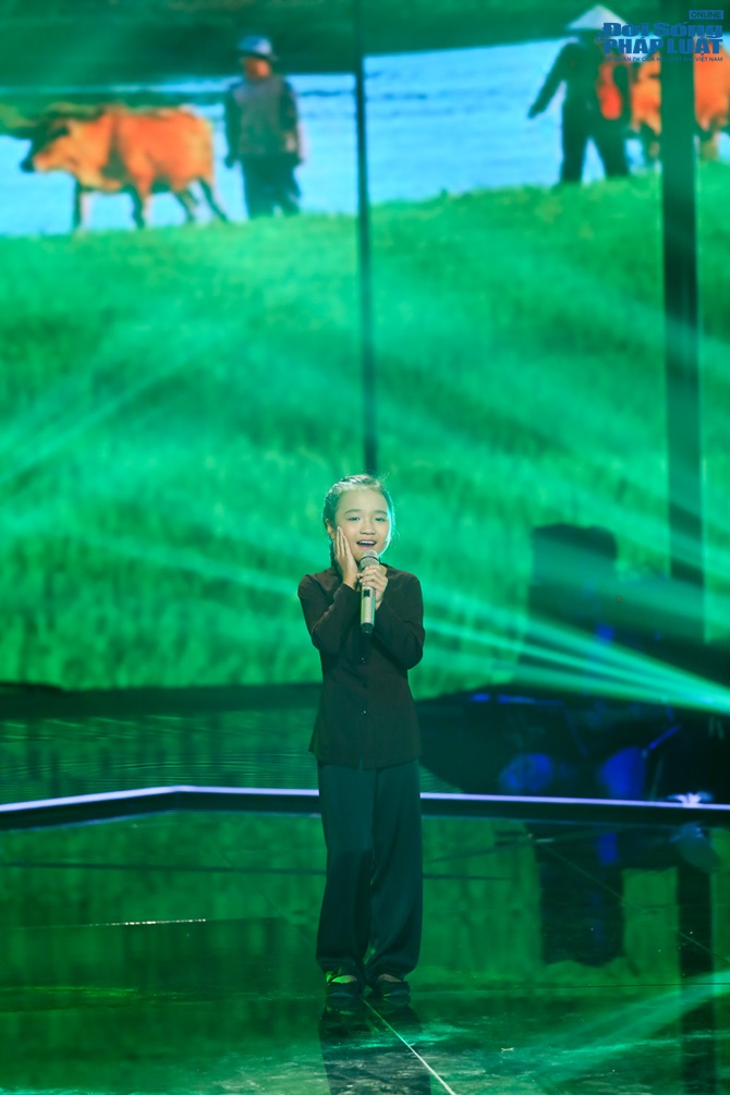 Giọng hát Việt nhí liveshow 3: Nhìn lại 12 gương mặt xuất sắc - Ảnh 4