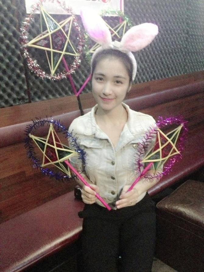 Ngắm hình ảnh dễ thương, cá tính của Hòa Minzy – bạn gái Công Phượng - Ảnh 3