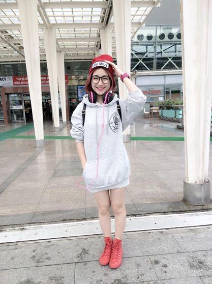 Ngắm hình ảnh dễ thương, cá tính của Hòa Minzy – bạn gái Công Phượng - Ảnh 15