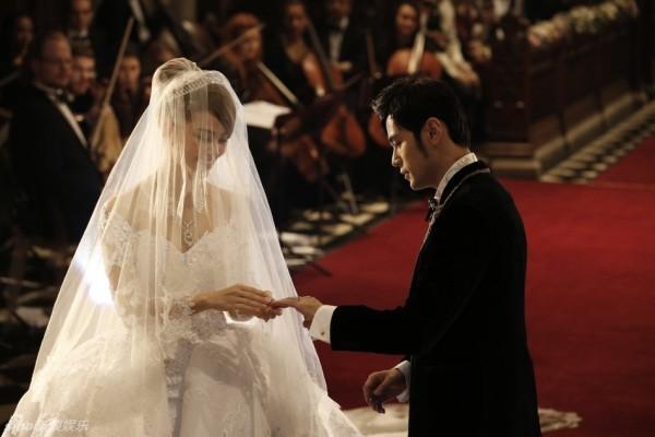 Hôn lễ lãng mạn của Châu Kiệt Luân và Côn Lăng tại nhà thờ - Ảnh 3