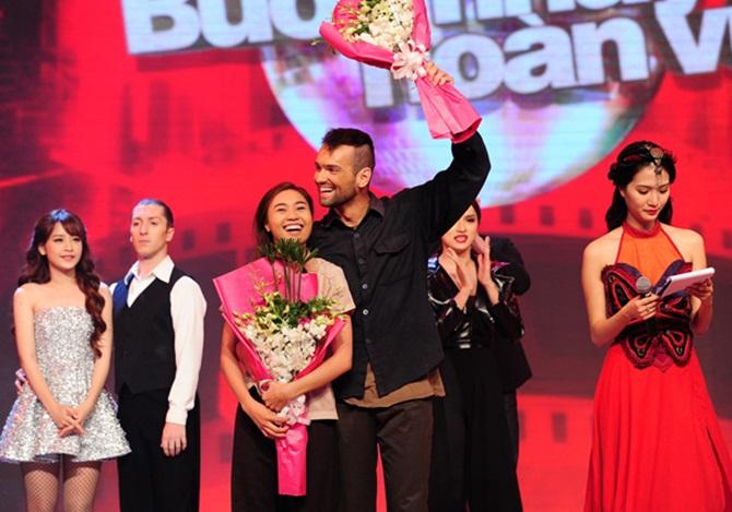 Bước nhảy hoàn vũ 2015: Angela Phương Trinh đạt số điểm kỷ lục - Ảnh 1