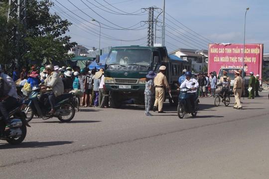 Bình Định: Va chạm với xe tải, nữ sinh lớp 11 tử vong tại chỗ - Ảnh 1