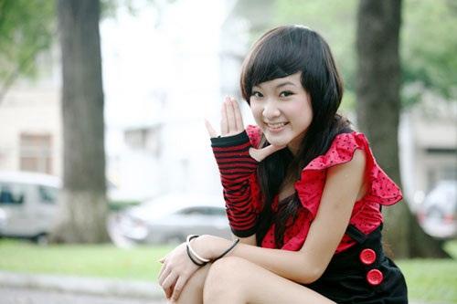 """Angela Phương Trinh: Từ """"Bà mẹ nhí"""" đến """"Công chúa scandal"""" - Ảnh 5"""