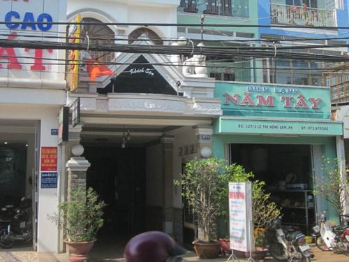 Vợ chồng Việt kiều Mỹ báo mất 9.000 USD trong khách sạn - Ảnh 1
