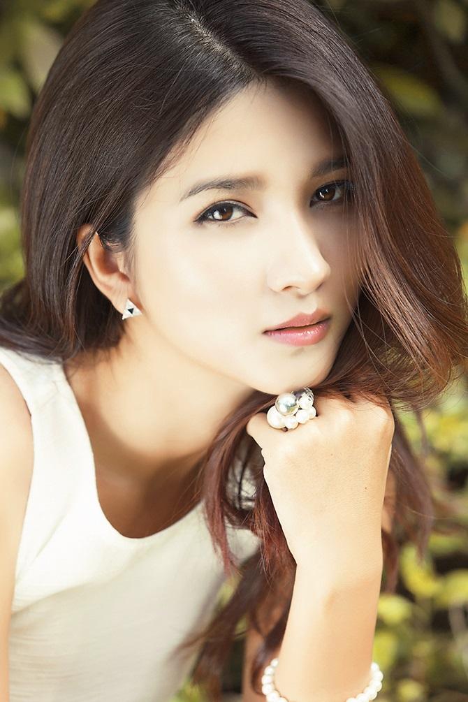 """Kim Tuyến """"Tuổi thanh xuân"""" đẹp ngọt ngào, gợi cảm - Ảnh 12"""