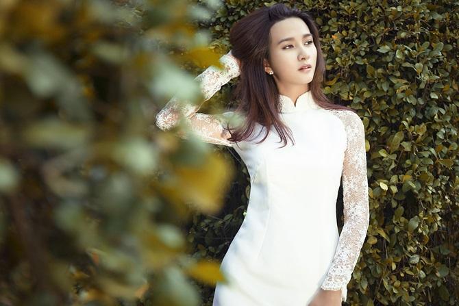 """Kim Tuyến """"Tuổi thanh xuân"""" đẹp ngọt ngào, gợi cảm - Ảnh 9"""