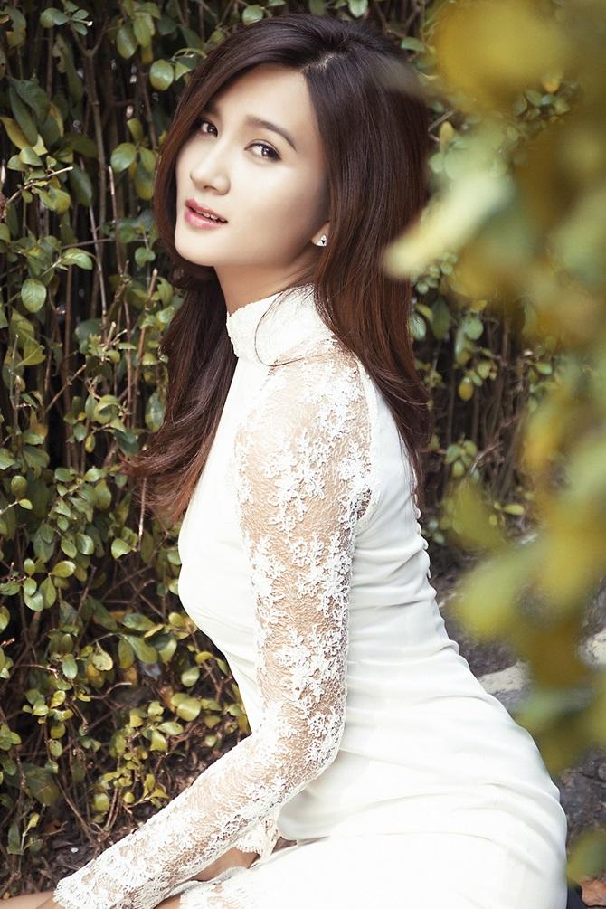 """Kim Tuyến """"Tuổi thanh xuân"""" đẹp ngọt ngào, gợi cảm - Ảnh 11"""