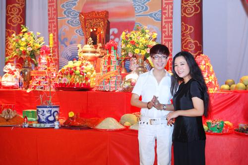 Thanh Thanh Hiền và con trai Chế Linh sẽ làm đám cưới ngày 14/3 - Ảnh 1