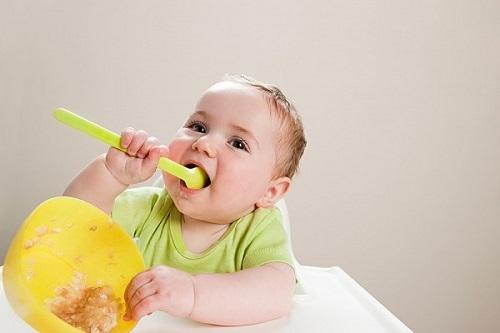 Làm sao để trẻ hết biếng ăn, không còn viêm đường hô hấp - Ảnh 1